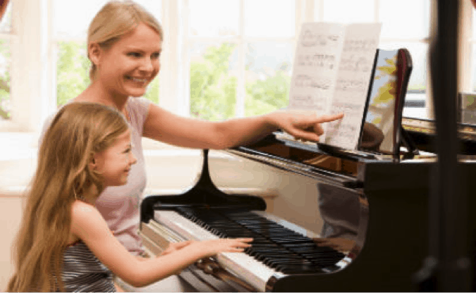 5 Benefits of Teaching Your Child to Play the Piano